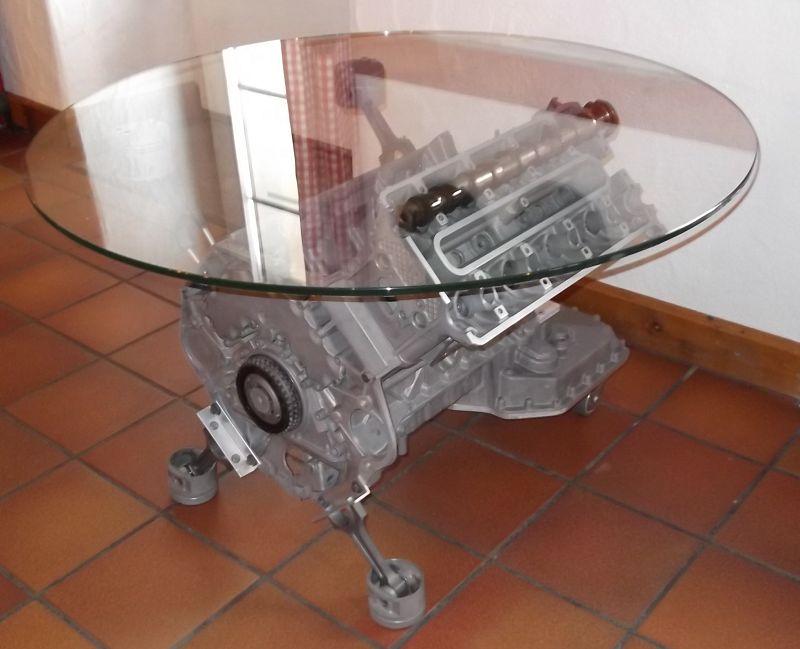 tisch aus alufelge dekoration bild idee. Black Bedroom Furniture Sets. Home Design Ideas